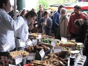 ロンドンの食料品市場の代名詞『バラ・マーケット』