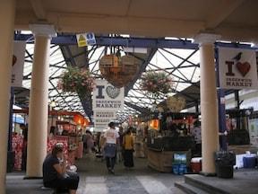 曜日で店の内容が変わる『グリニッジマーケット』