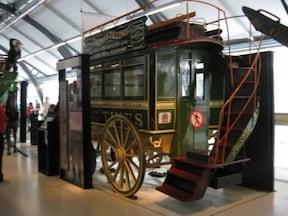 ロンドン交通博物館で地下鉄やバスの歴史を体感!