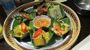 カンボジアのレストラン『アンコール・パーム』