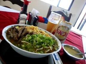 沖縄料理が味わえる『Toyohashi』