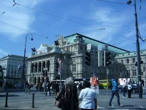 世界三大オペラ座の一つ『ウィーン国立歌劇場』