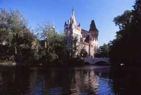 ブダペスト『ヴァイダフニヤド城』