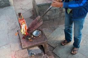 生け贄を伝統に持つ、ビンディヤバシニ寺院