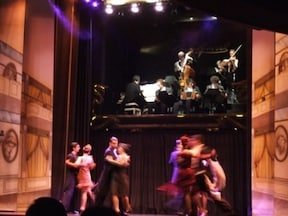 ショーハウスでタンゴナイト!Esquina Carlos Gardel