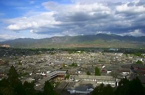 麗江:昔の日本を思い起こさせるナシ族の街