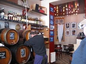 樽から買うワイン