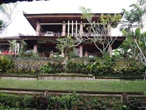バリの伝統的隠れ家風ホテル『アルティニ3』
