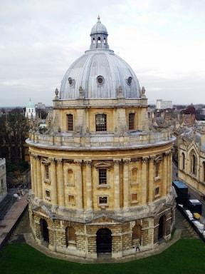 英国の名門大学オックスフォードとケンブリッジツアー