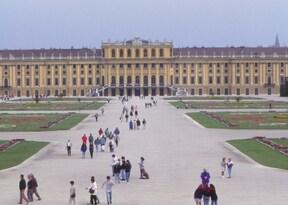 ウィーン市内観光半日ツアー