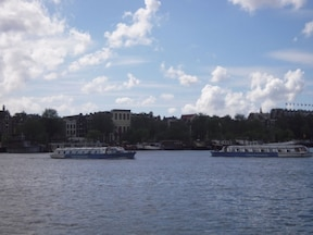 アムステルダム運河地区 クルージング