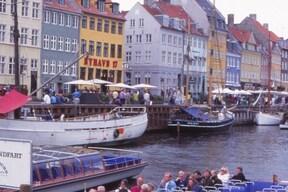 コペンハーゲン観光ツアー