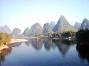 山水画の世界そのものの風景が楽しめる桂林