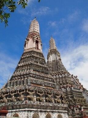 初めてバンコクを訪れる人におすすめ!3大寺院巡りツアー
