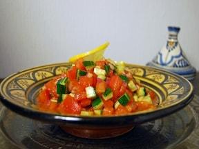 家庭で簡単!モロッコの定番トマトサラダ