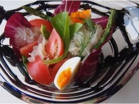アスパラと白きくらげの野菜サラダ