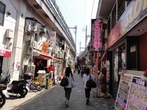 アメ横などの商店街が充実!