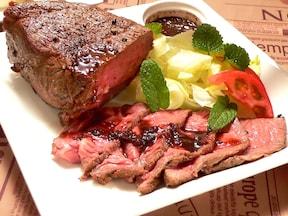 安い牛肉をおいしくする炊飯器ローストビーフ