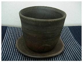 陶芸初心者も安心な手びねり体験