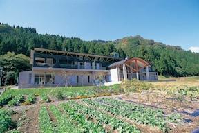 体験宿泊施設『コムニタ』で、収穫野菜で料理作り!