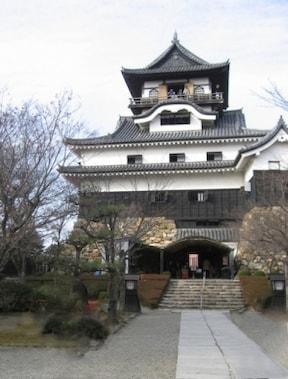 建造当時の姿のまま! 風格漂う国宝『犬山城』