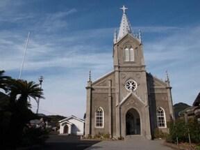 隠れキリシタンの里に佇む美しい教会『崎津天主堂』