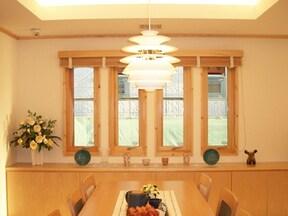モデルハウスの照明術は影を操って温もりをプラス