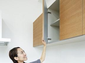 実は大容量の収納力。吊り戸棚を徹底活用!