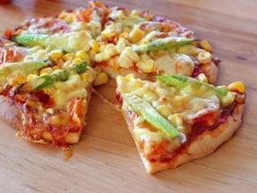 見た目も楽しい手作りピザ