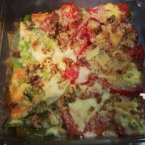 楽チン豪快料理!トマトのパン粉チーズ焼き