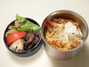 簡単! 前日の揚げ物で作る「卵とじ丼お弁当」