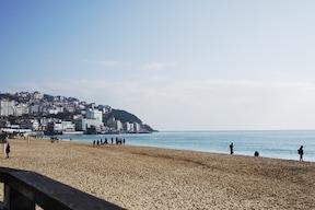 釜山の美しいリゾートスポット『海雲台ビーチ』
