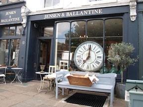アンティークの素敵な雑貨店『JENSEN & BALLANTINE』