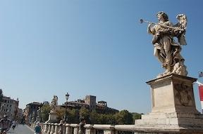 天使の城と呼ばれる『サンタンジェロ城』からの絶景