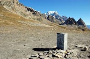 ヨーロッパ最高峰『モンブラン』の絶景を堪能!
