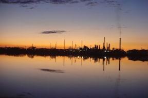 近未来都市、ヴェネツィアの工業地帯『マルゲーラ』