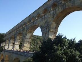 古代ローマ時代の水道橋『ポン・デュ・ガール』