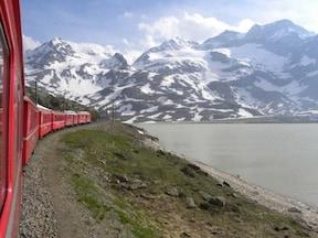 絶景路線!レーティッシュ鉄道のベルニナ線