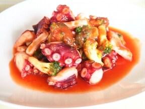 ちょっとオシャレな和風イタリアンおつまみ「タコとブロッコリーのトマトソース煮」