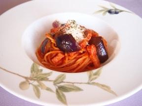 トマトとなすの和風風味パスタ