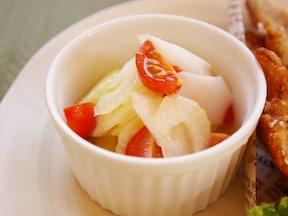 「セロリとウドのマリネ」レシピ