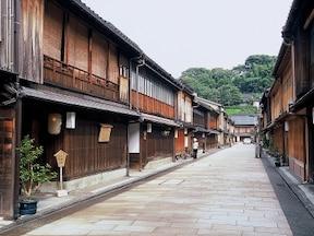 金沢のひがし茶屋街(石川)