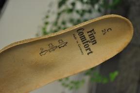 靴&中敷きによる改善法と、オススメの中敷き