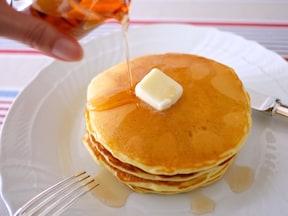 しっとりふんわりバターミルクパンケーキ