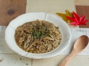 シンプル舞茸リゾットレシピ!疲れた胃腸にやさしい…