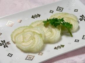 「セロリとモッツァレラチーズの簡単おつまみ」レシピ