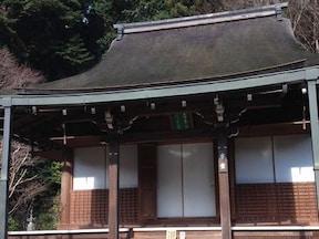 静寂に包まれた穴場のお寺へ