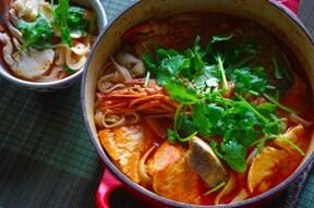 温まる! 身近な素材でトムヤム鍋&ヌードル