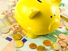 住宅介護と老人ホームの平均料金はどれくらい違う?