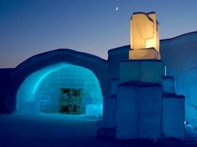 360度氷でかこまれた寝室/スウェーデン